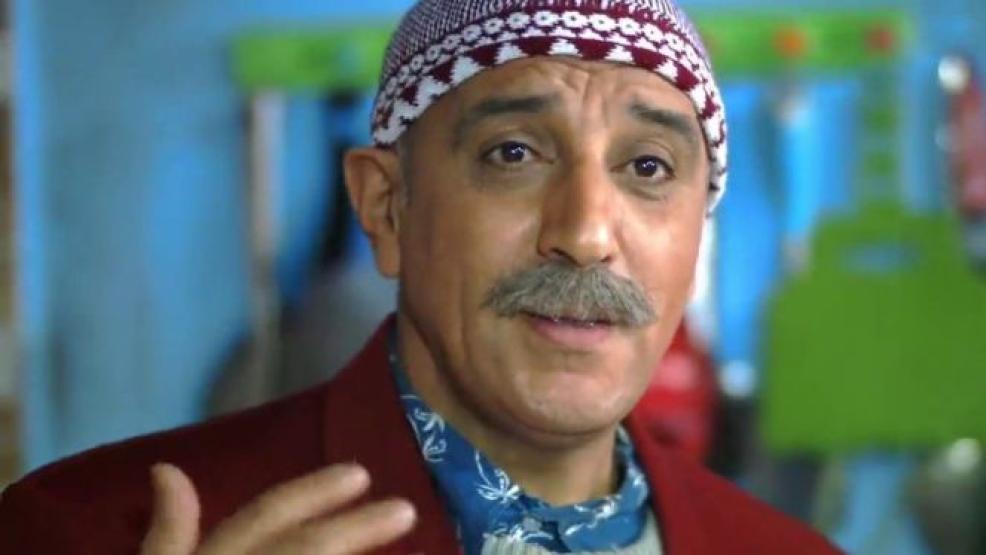 """الكوميدي حسن الفد يرفض تجسيد مشهد """"قبلة"""" مع ممثلة (صورة)"""