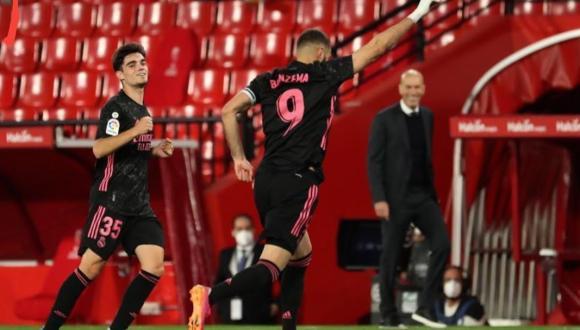 +فيديو.. ريال مدريد يسحق غرناطة برباعية ويواصل مطاردة الأتلتيكو
