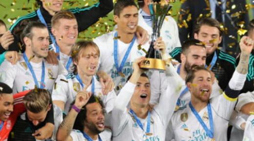 ريال مدريد يسحب البساط من برشلونة ويتوج بلقب فريق السنة في إسبانيا