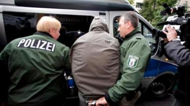 استنفار أمني داخل محكمة إيطالية بعدما حاول مغربي سرقة مسدس شرطي