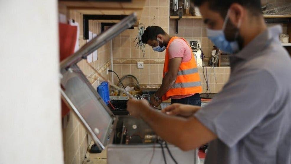 الحكومة تعتزم إطلاق برنامج لدعم المبادرات الفردية سنة 2022