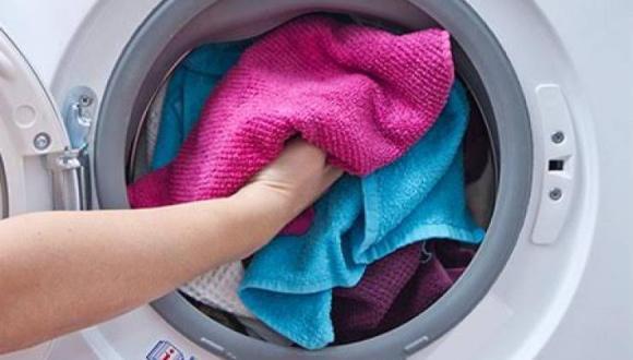 5 نصائح لمنع تشكل العفن في غسالة الملابس