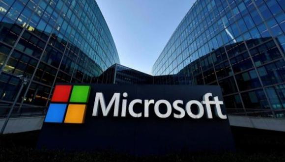 """""""مايكروسوفت"""" تخترع تقنية تسمح للبشر بالتواصل مع الموتى.. كيف يتم ذلك؟"""
