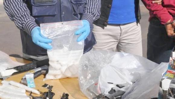 """أمن الناظور يفكك شبكة إجرامية تنشط في التهريب الدولي لمخدر الكوكايين بجماعة """"بني شيكر"""""""