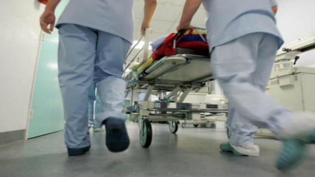 وعكة صحية تدخل فنانا مغربيا المستشفى -صورة