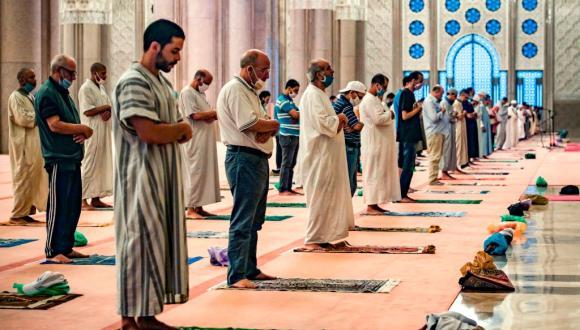 الأئمة والمؤذنون يتوصلون بقرار حول وضع المساجد في رمضان