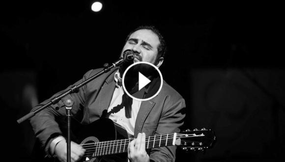 """إبن الحسيمة الفنان محمد الزياني يطلق فيديو كليب إحترافي لأغنيته """"اوشايد فوس اناش"""""""