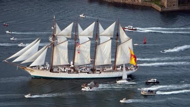 أشهر سفينة للبحرية الحربية الإسبانية متورطة في تهريب الكوكايين