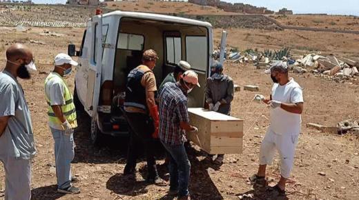 تشييع جثمان مصابة بفيروس كورونا توفيت بالناظور