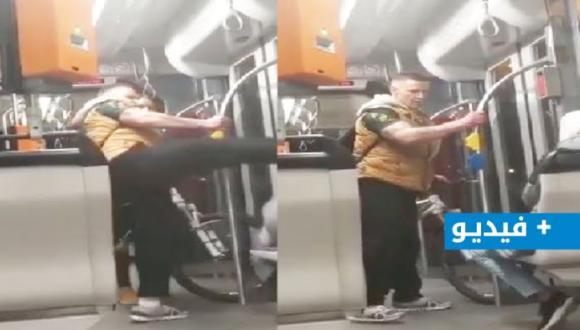 فيديو.. رجل ألماني يبصق على سوري ويركله بوحشية على وجهه