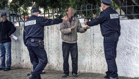 """الناظور: كمائن عشوائية للشرطة و الدرك تسجل مخالفات """"الكمامة"""" و حشود بدون كمامات.."""