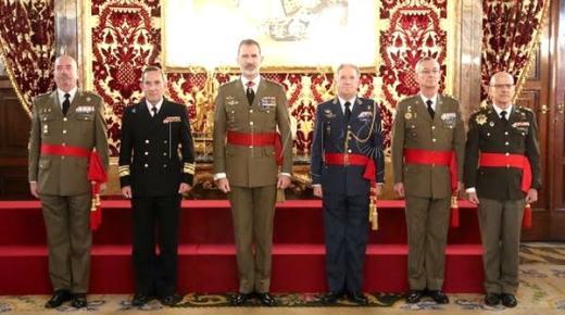 في رسالة للملك من جنرالات متقاعدين: الحكومة الحالية تهدد وحدة إسبانيا ويجب التحرك