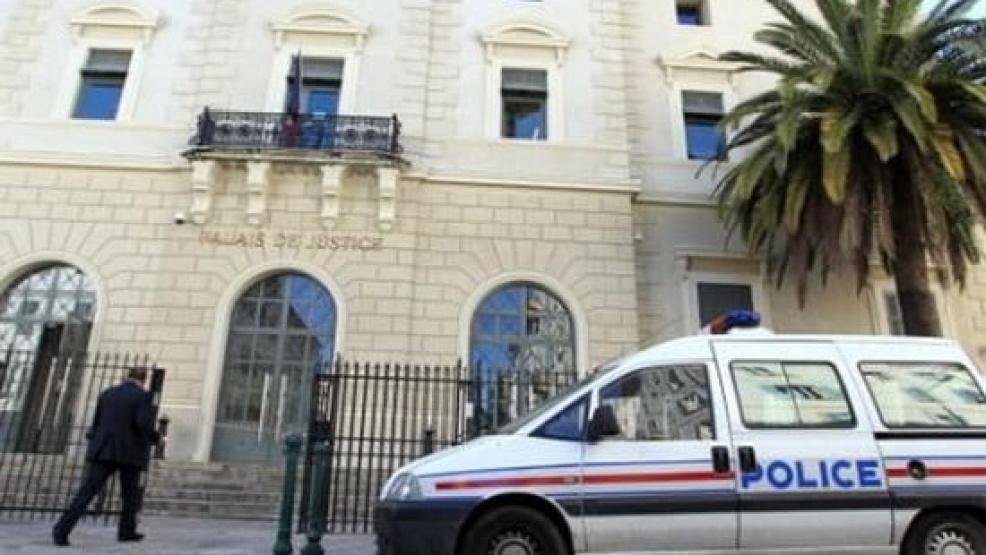9 سنوات سجناً لمغربي مقيم بفرنسا بتهمة إرغام زوجته على العودة إلى المغرب