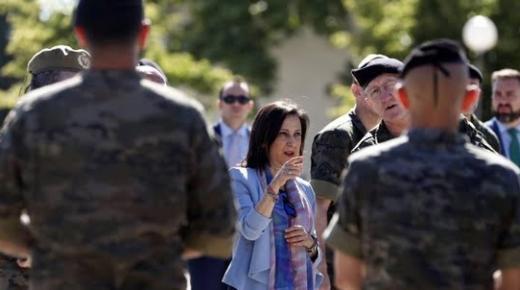 وزيرة الدفاع الإسبانية: سبتة ومليلية إسبانيتين ولا داعي لإقحام الجيش في القضية!
