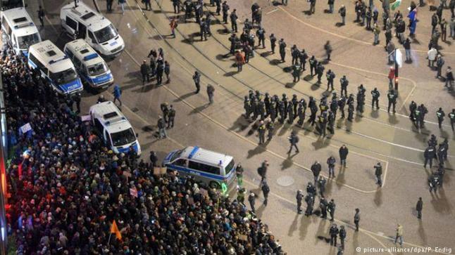 ألمانيا: المناهضون للإسلام في لايبزيغ يصطدمون بمظاهرة أكبر