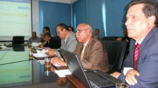 لقاءات تشاورية حول المدرسة المغربية بنيابة التعليم بالناظور