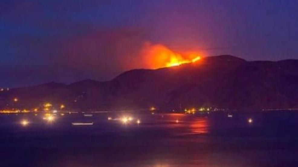 السلطات عاجزة عن التدخل لاخماد حريق اندلع بغابة بتمسمان منذ يومين