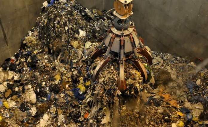 ricezione rifiuti inceneritore