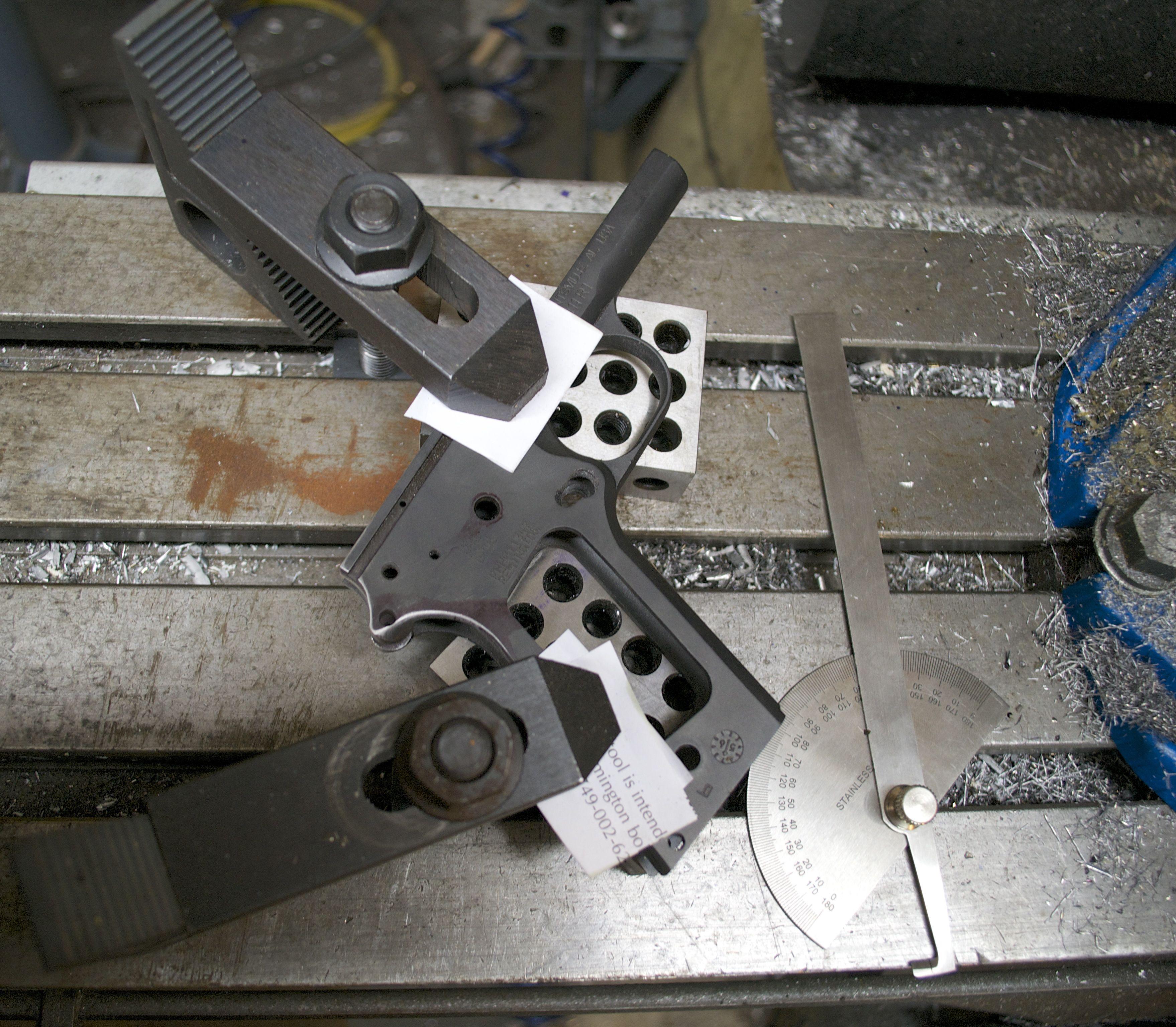 R1 1911 undercut trigger guard set up