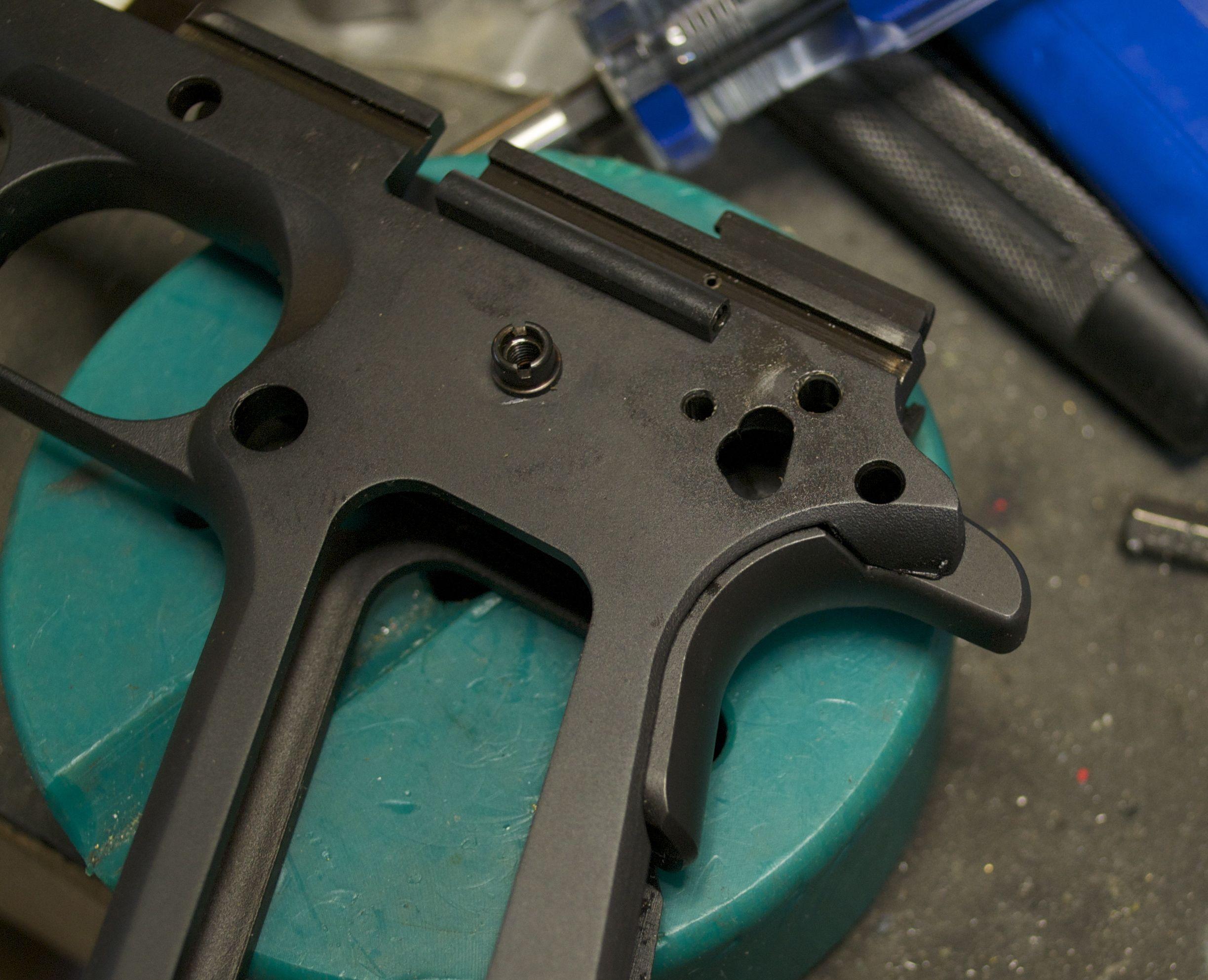 R1 factory beavertail