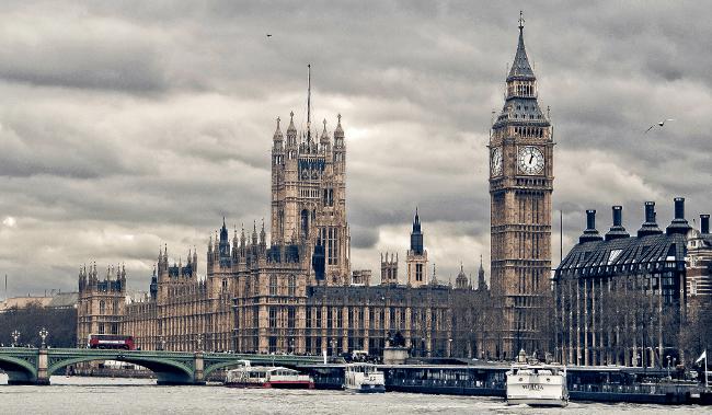 Westminster, February 2009 by Hernan Pinera