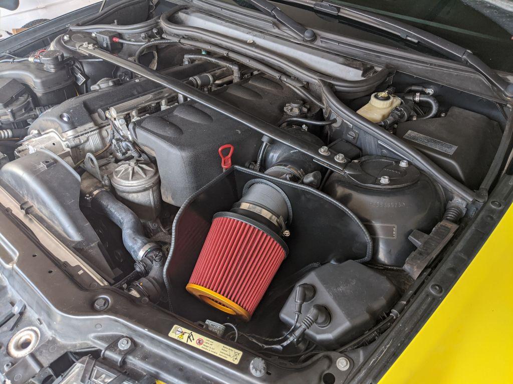 Josh's E46 M3 S54 engine with KoyoRad radiator installed