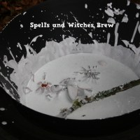 Hallowe'en Activities: Spells and Witches Brew