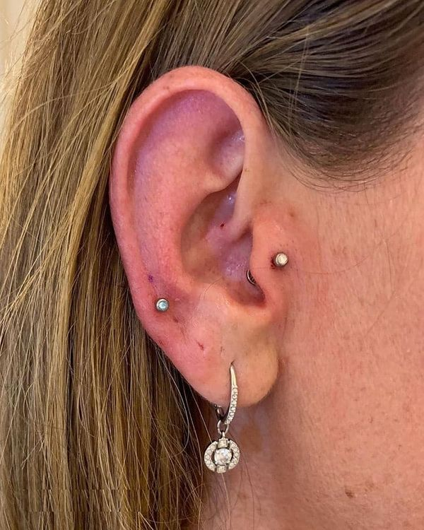 auricle piercing pain