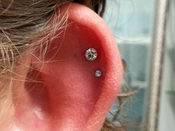double cartilage piercing gold jewellery