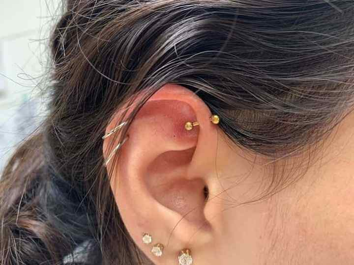 curved barbell for ear
