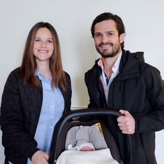 20 April 2016 Prince Carl Philip and Princess Sofia leaving hospital with their newborn son. Photo: Kungahuset.se