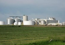Ethanol_Plant_Converting_Food_into_Fuel