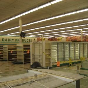 Empty-Supermarket-Photo-by-Infrogmation-300x300