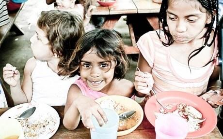 Children-Orphans-Eating-Public-Domain-460x288