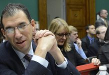 Andrew Slavitt questioned on federal fund spent on failed Obamacare exchanges in several states