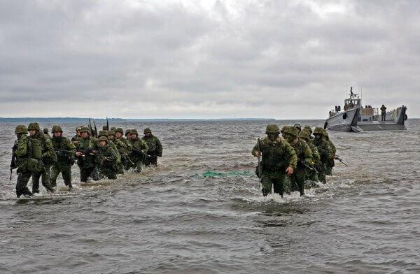 Estonian soldiers Photo Sgt. Rocco DeFilippis