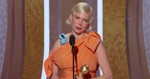 Pregnant actress celebrates abortion in Golden Globes victory speech