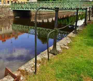 Järnbron.