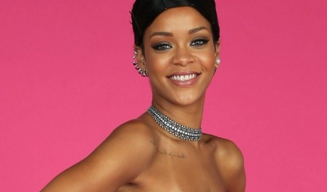 Rihanna American Music Awards 2013 rihanna-fenty.com