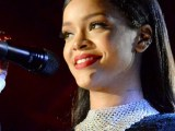 VIDEO: Rihanna performs at The Concert for Valor November 11, 2014 rihanna-fenty.com
