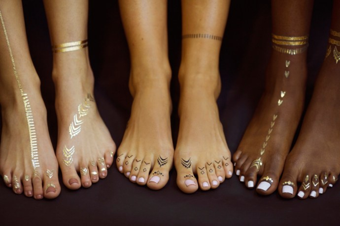 Jacquie Aiche x Rihanna flash tattoos.