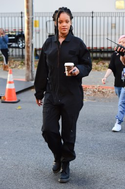 Rihanna films Ocean's Eight in New York on November 8, 2016 holding a cup of coffee