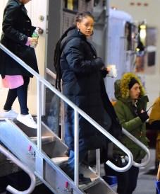 Rihanna heading to Ocean's Eight set on December 9, 2016 Trailer