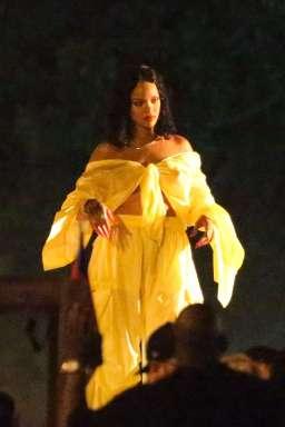 Rihanna shoots a music video in Miami on June 5, 2017 DJ Khaled