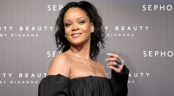 Rihanna talks Fenty Beauty and sends positive message to young girls