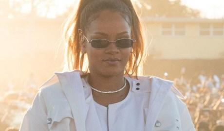 Rihanna performs at TDE's Annual Holiday Concert December 21, 2017