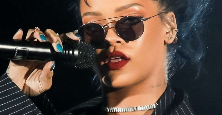 Rihanna to perform at TDE's Annual Holiday Concert today