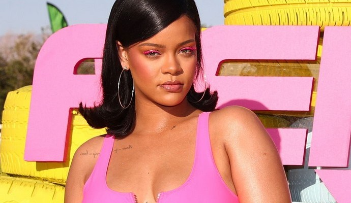 Rihanna takes over Coachella with FENTYxPUMA