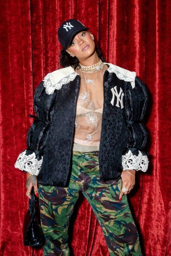 Rihanna at Gucci Wooster store opening in New York on May 5, 2018 Rihanna Online