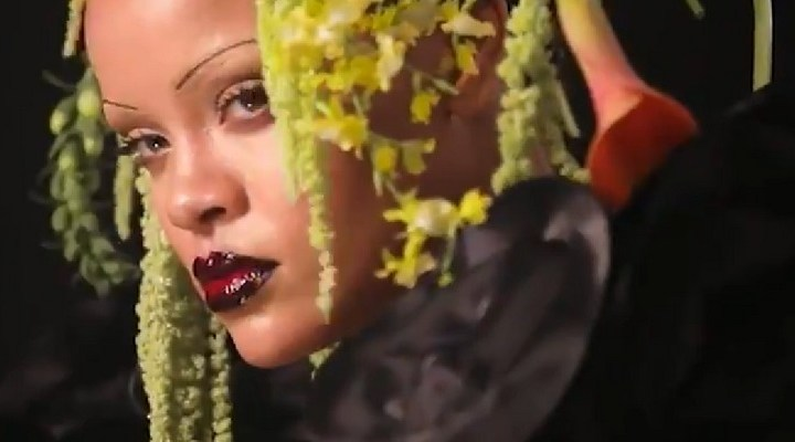 Behind the scenes of Rihanna's British Vogue cover